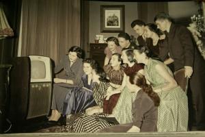 """Lange galt der öffentliche Rundfunk als """"Versammlungsort"""", heute wachsen die Zweifel an seinem Sinn"""