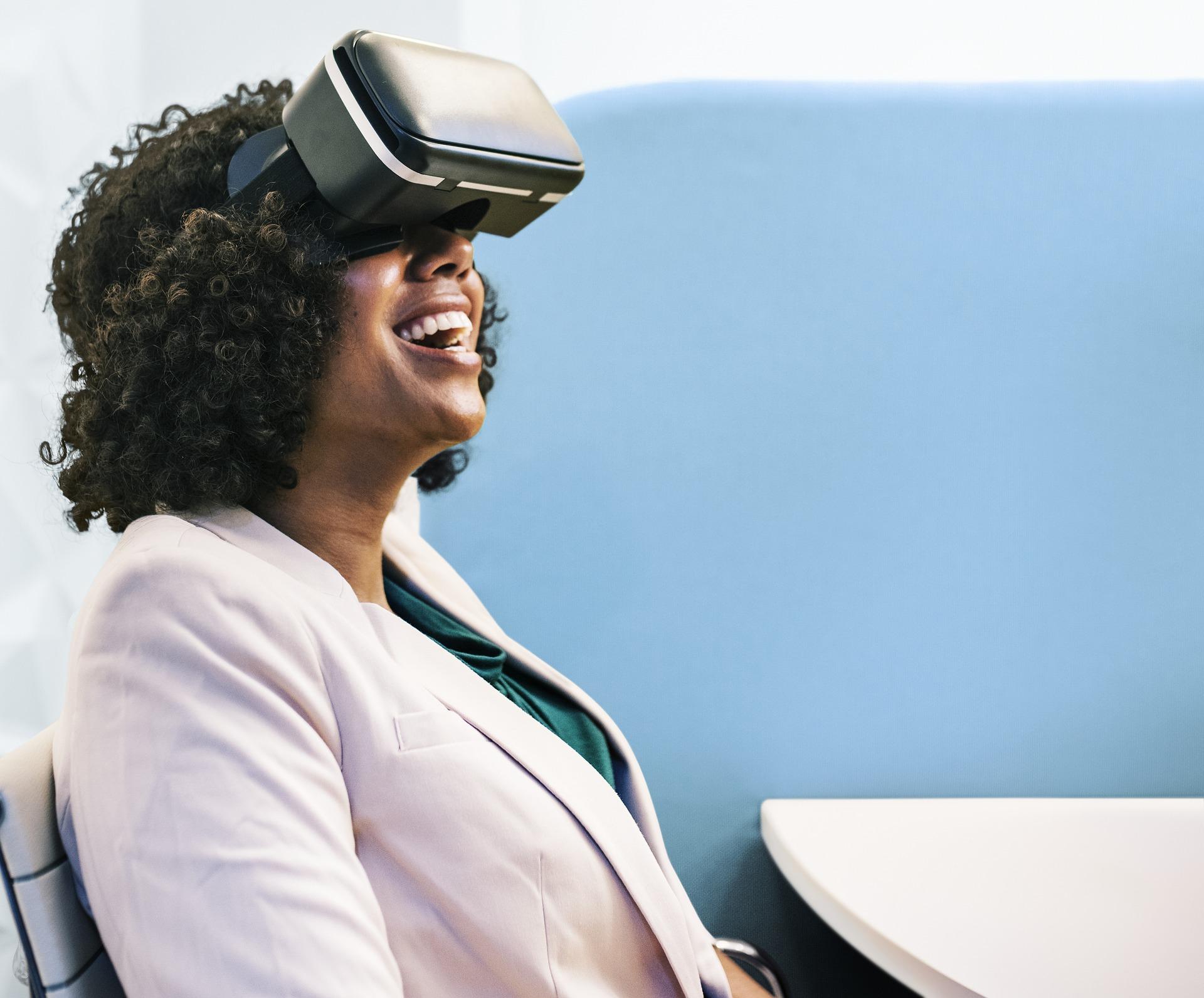 Berlin Ist Ein Technologisches Zentrum Für Virtual Reality (VR) Und  360° Start Up Unternehmen. Genau Deshalb Gründete Martin Heller IntoVR Wohl  Auch In Der ...